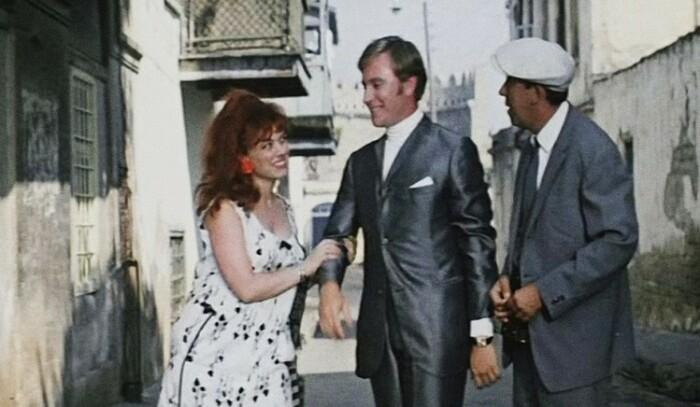 Кадр из комедии Л. Гайдая «Бриллиантовая рука», 1969 / Фото: www.tourprom.ru