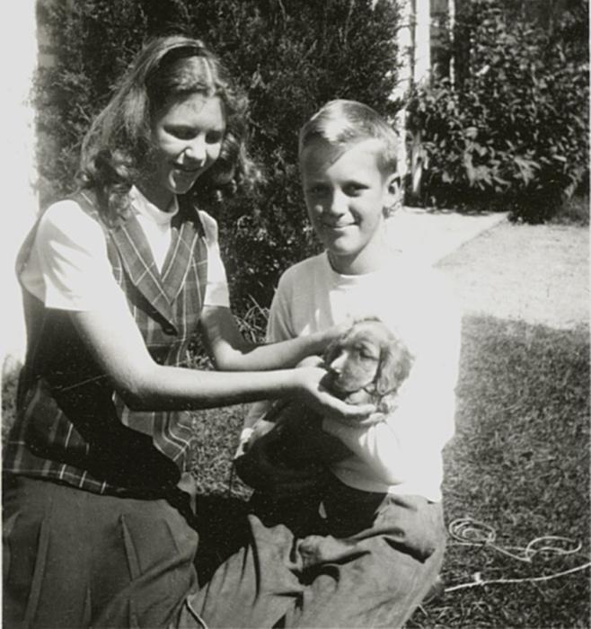 Сильвия с братом / Фото: https://prabook.com