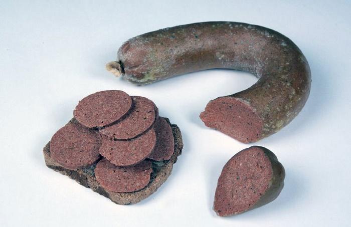 «Кельнская сосиска» - вегетарианская сосиска предложена к употреблению Конрадом Аденауэром / Фото: ncpedia.org