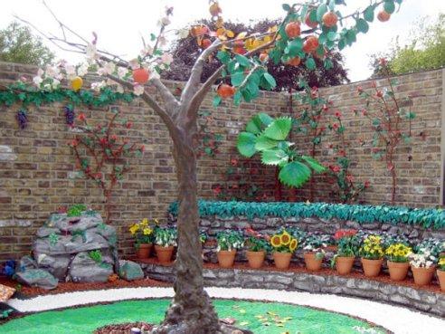 Пластилиновый сад Джеймса Мэя