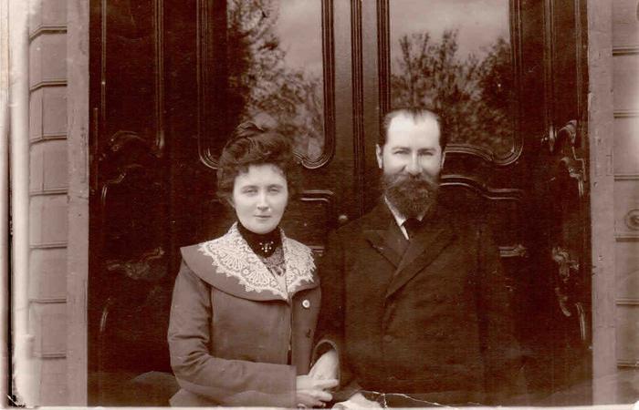 Супруги Кононов Александр Дмитриевич (1862- 1920) и Кононова (Вакар) Екатерина Платоновна / Фото: forum.vgd.ru