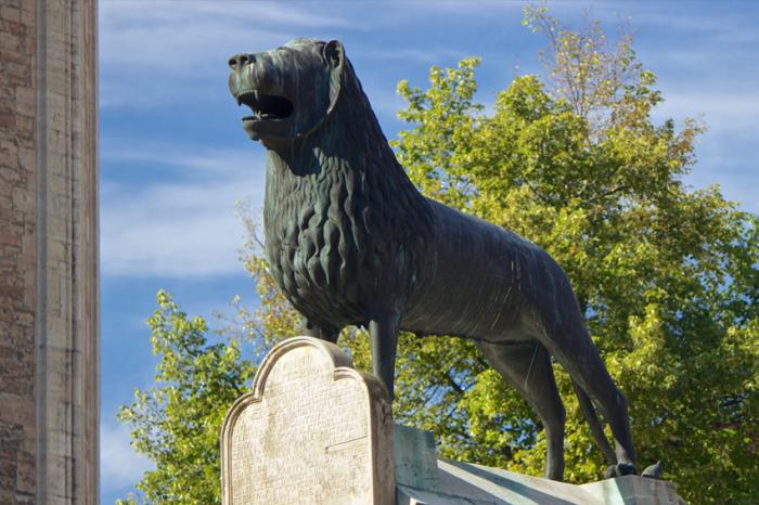 Статуя Брауншвейгского льва / источник: www.braunschweig.de