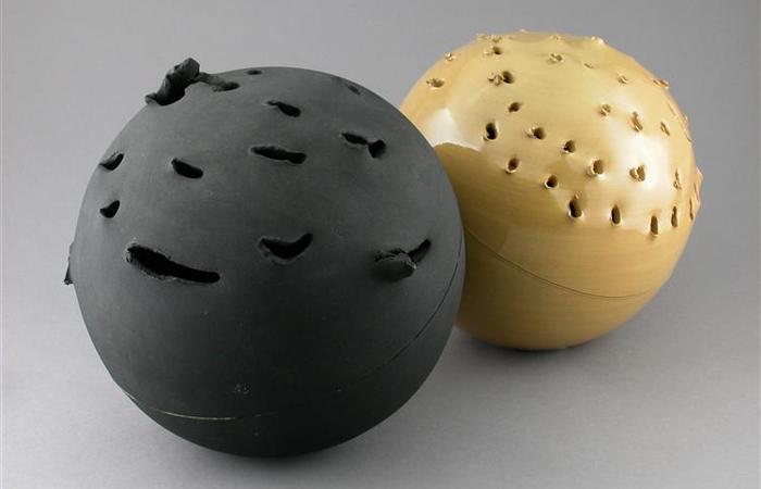 «Сфера» Лучо Фонтана (1957 г.) / Фото: wikiart.org