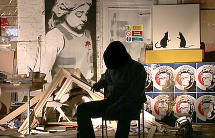 Бэнкси в своей студии / Фото: acciuga.ru