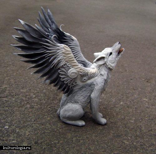 Крылатый волк Симуран