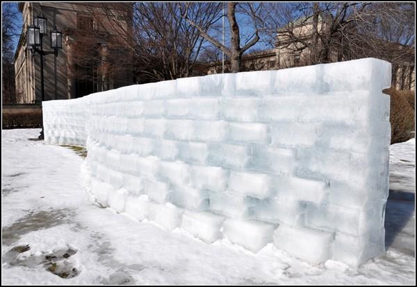 Ледяная скульптура в честь 150-летия MIT