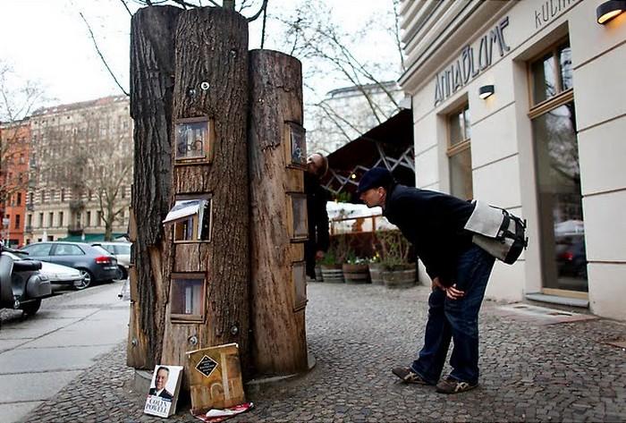 Bucherwald — книжный лес на улицах Берлина