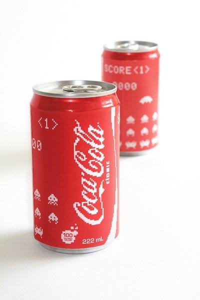 Coca-Cola в стиле Space Invaders