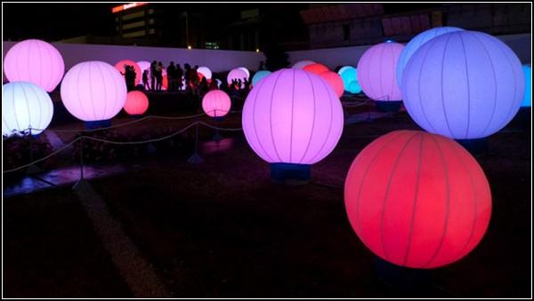 Свето-музыкально-танцевальная инсталляция DJ Light