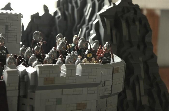 Битва при Хельмовой Пади. Масштабная батальная панорама из LEGO от Гоэла Кима (Goel Kim)