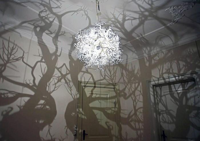 Волшебная лампа Nature Chandelier: сказочный лес в комнате. Forms-in-Nature-Chandelier-1