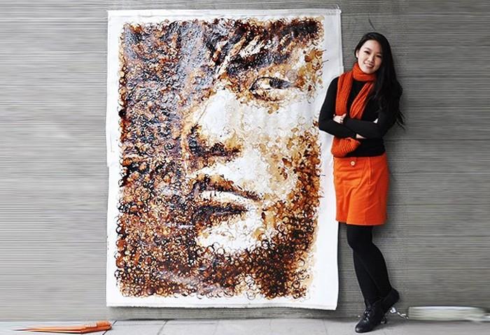 Рисунки следами от чашки с кофе от Hong Yi