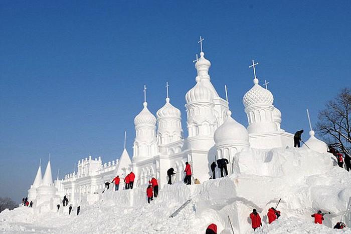 Jingyue Snow World Festival — Всемирный фестиваль снега в Чанчунь