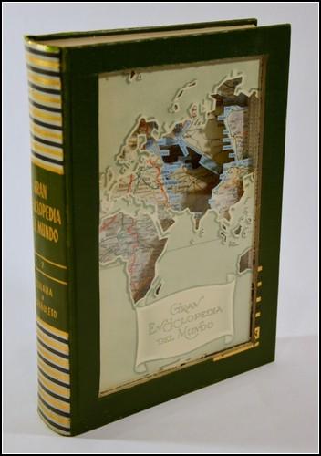 Новая жизнь старых книг от Джулии Фелд (Julia Feld)