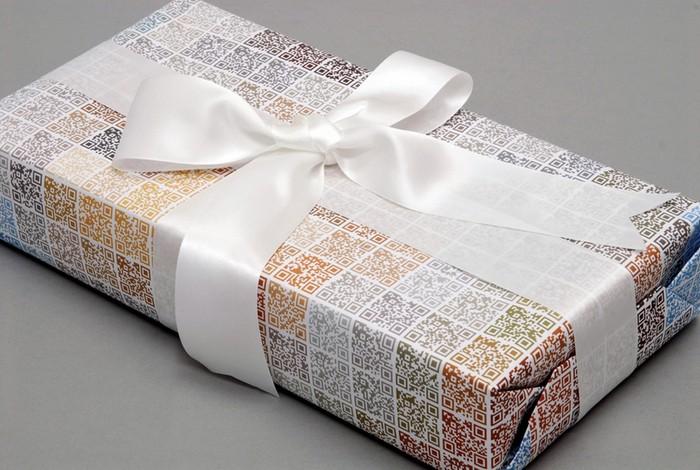 Qristmas – рождественская QR-упаковка