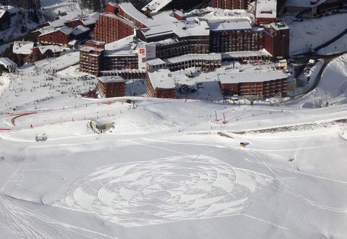 Рисунки на снежных полях от Саймона Бека (Simon Beck)