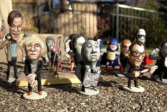Известные персонажи из арахиса от Стива Казино (Steve Casino)