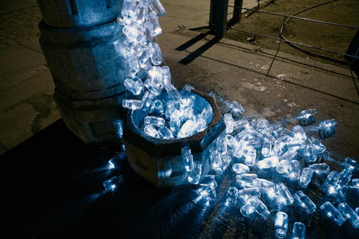 Новая жизнь мадридских фонтанов от Luzinterruptus