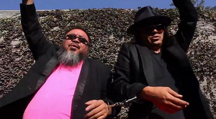 Мастер-класс по Gangnam Style от Аи Вейвея (Ai Weiwei)