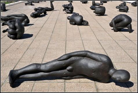 Критическая масса – серия скульптур Энтони Гормли (Antony Gormley)