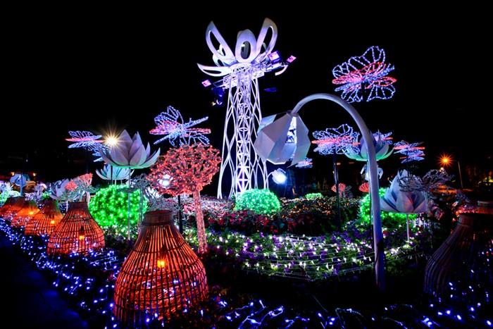 Imagination Light Garden – интерактивный сад огней на выставке в Бангкоке
