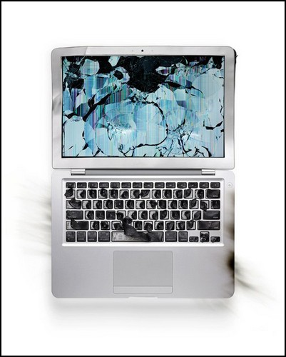 Десакрализация Apple. Уничтожение культовых гаджетов
