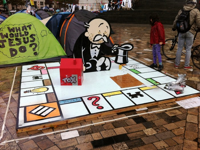 Giant Monopoly Board – вклад Banksy в Occupy London