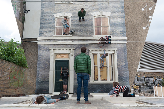 Dalston House – зеркальные иллюзии от Леандро Эрлиха (Leandro Erlich)
