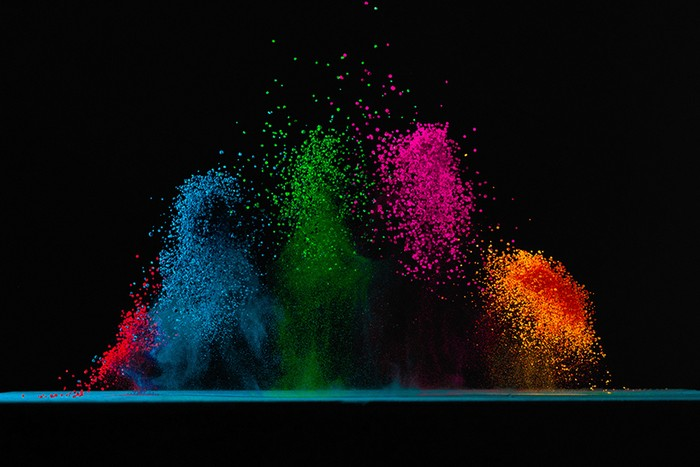 Dancing Colors � ��������� ������������ ������� ������� (Fabian Oefner)