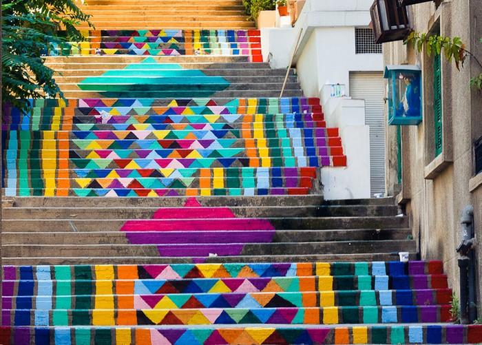 Paint up! - цветные лестницы Бейрута от Dihzahyners