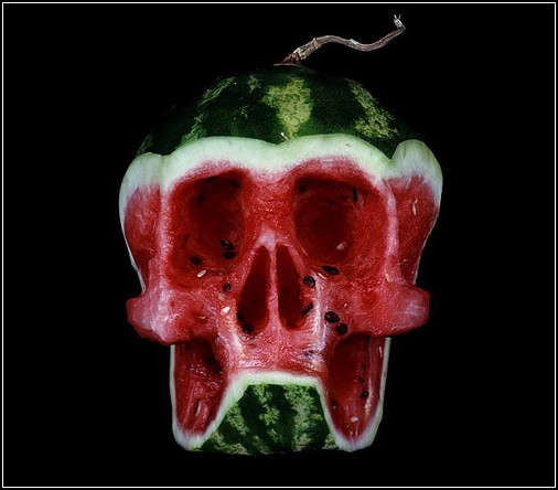 Фруктово-ягодные скульптуры от Дмитрия Цыкалова