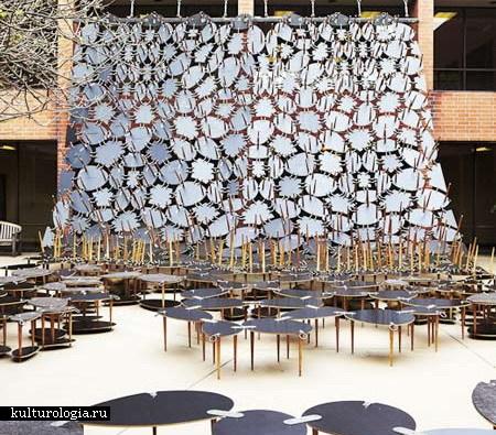 Подвесная стена из … столов