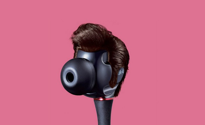 Креативная реклама наушников Sony от Welcomm