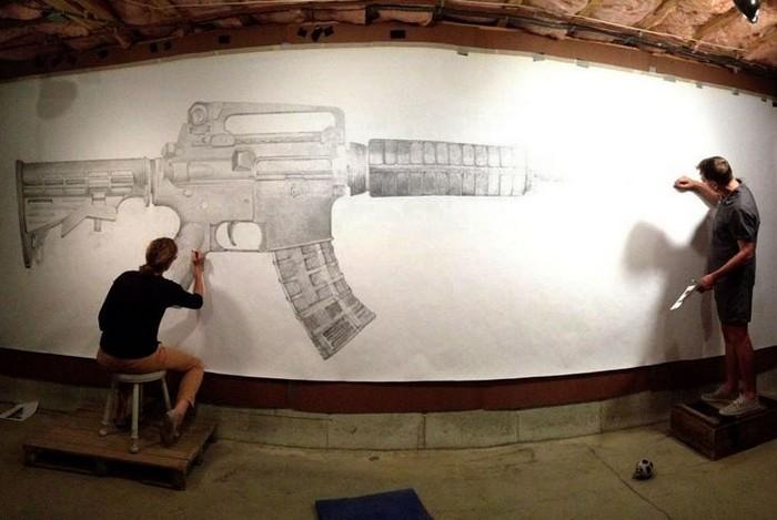 Erase – интерактивная картина, посвященная случайным жертвам огнестрельного оружия