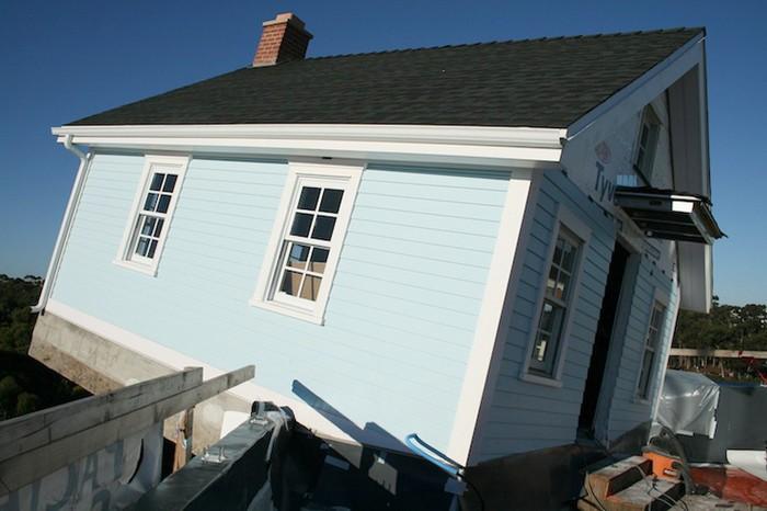 Fallen Star – дом, который приземлился на крыше