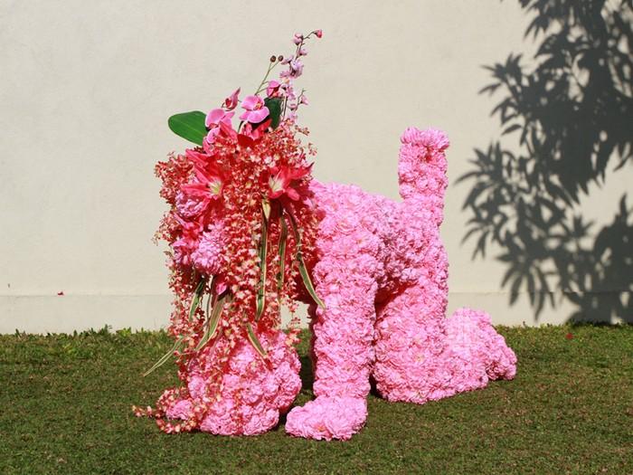 Flower Generation – арт-проект от Эко Нугрохо (Eko Nugroho), посвященный единению человека и природы