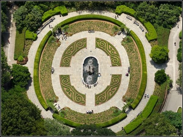 Conservatory Garden in Central Park, New York, Cameron Davidson