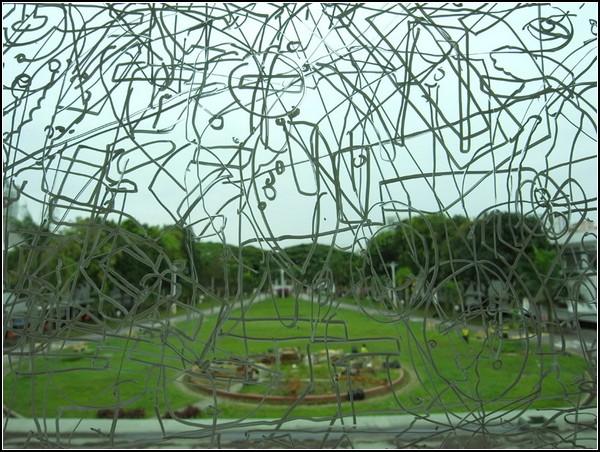 Морозные рисунки на окнах от Госи Влодарчак (Gosia Wlodarczak)