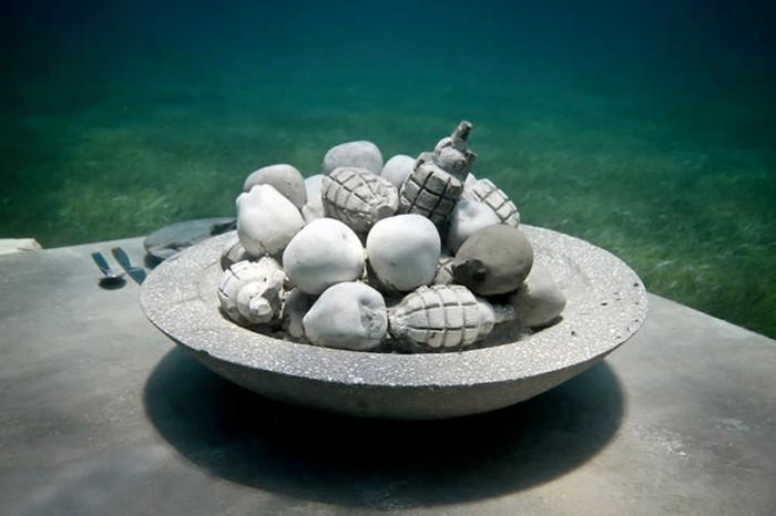 Тайная Вечеря, Слушатель и Феникс – новые скульптуры от Jason de Caires Taylor