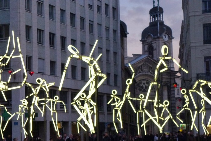 Key Frames – танцующие фигуры в Лионе