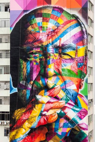 Гигантский портрет Оскара Нимейер в Сан-Паулу от Эдуардо Кобры (Eduardo Kobra)