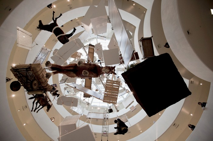 All Retrospective – ретроспектива работ Маурицио Каттелана (Maurizio Cattelan)