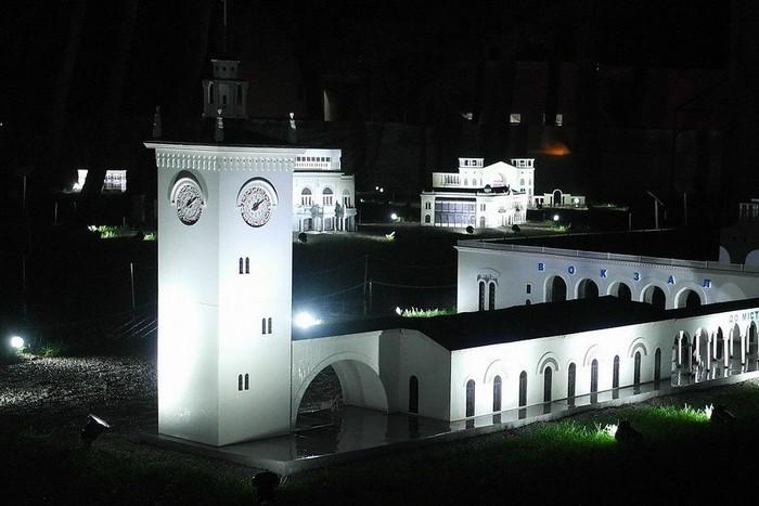Крым в Миниатюре. Сказочный парк в Алуште