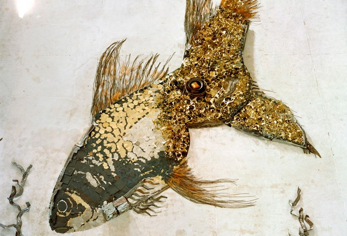 Goldfish. Серия Scrap Metal от Вика Муниса (Vik Muniz)