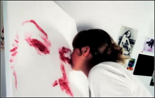 Рисунки губами от Натали Айриш (Natalie Irish)