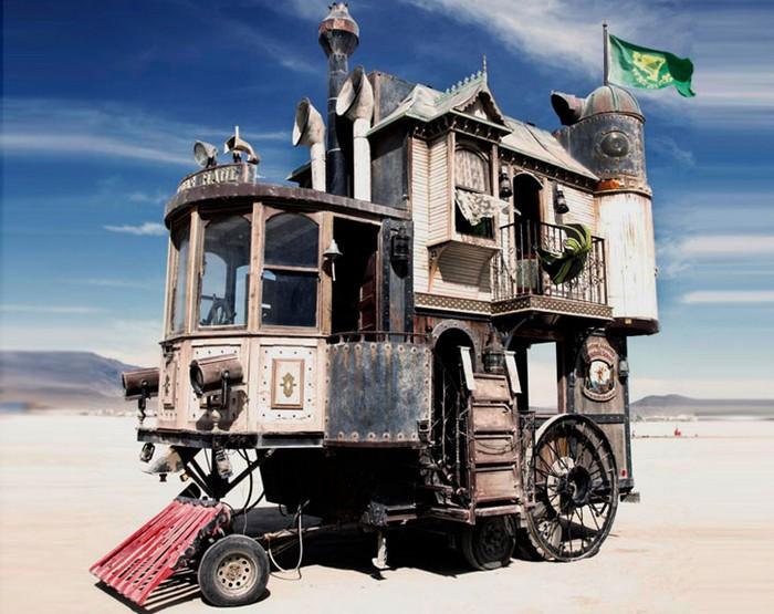 Neverwas Haul — дом на колесах в викторианском стиле