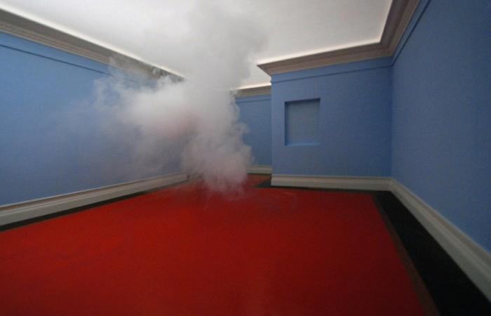 Облако в штанах. Инсталляция Nimbus от Berndnaut Smilde