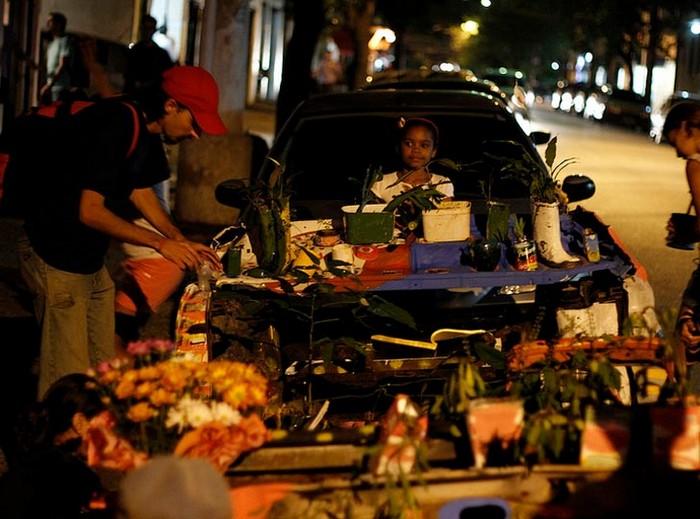 Ocupe Carrinho – вторая жизнь автомобилей, оставленных на улице. Проект от Фелипе Каррелли (Felipe Carrelli)