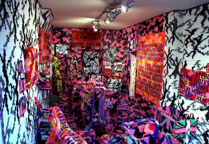 Вязаная комната от Агаты Олек (Agata Olek)