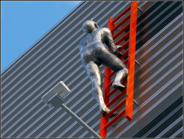 Our Journey – масштабная скульптурная композиция, посвященная предпринимателям